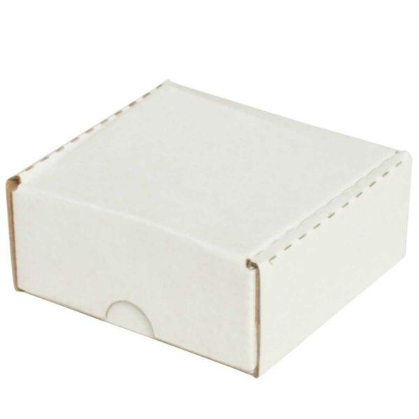 קופסאות קרטון לבן ממבלט 90X90X40 מ״מ